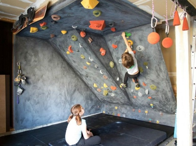 Vytvořte svému dítěti lezeckou stěnu