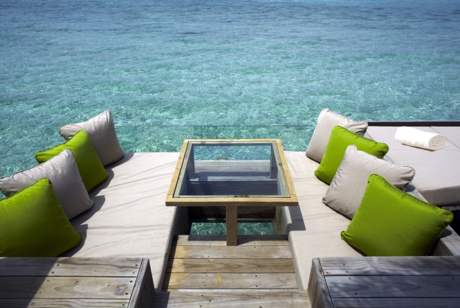 amazing-deck-maldives-665x445