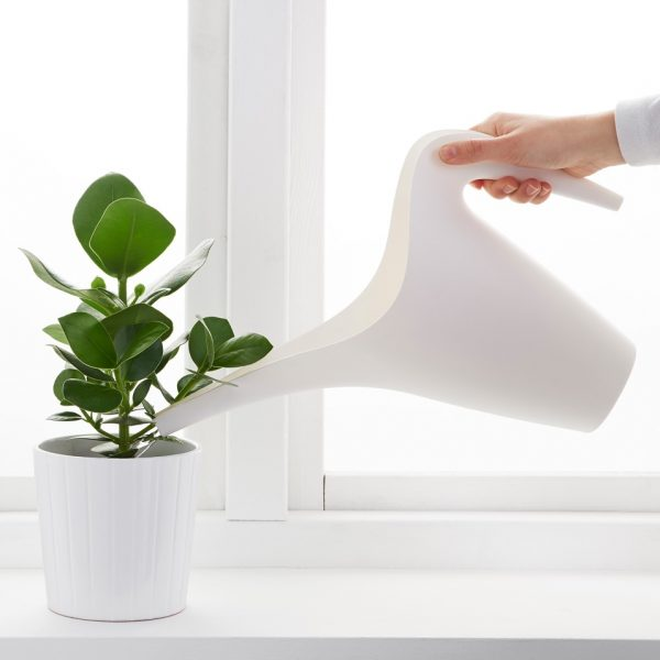 white-curved-flower-watering-can-600x600