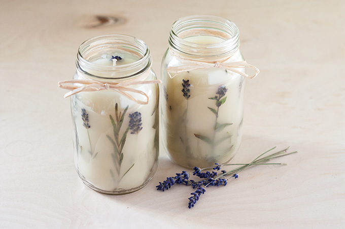 diy-pressed-herb-candle