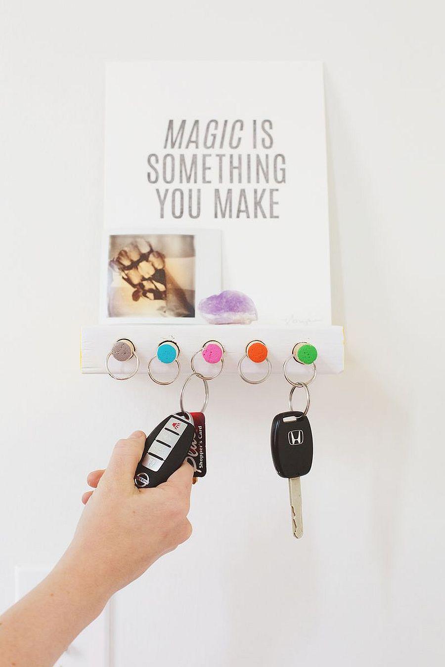 Chic-and-modern-key-holder-DIY