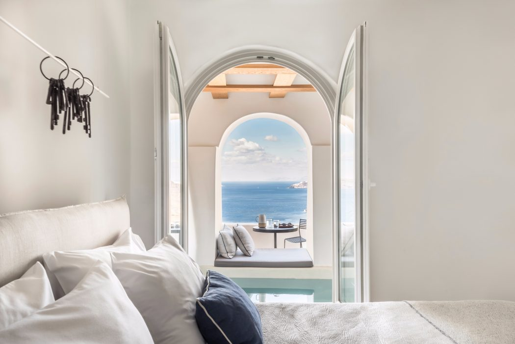 design-resort-Santorini