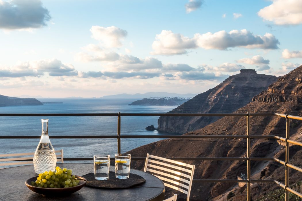 resort-Santorini-8